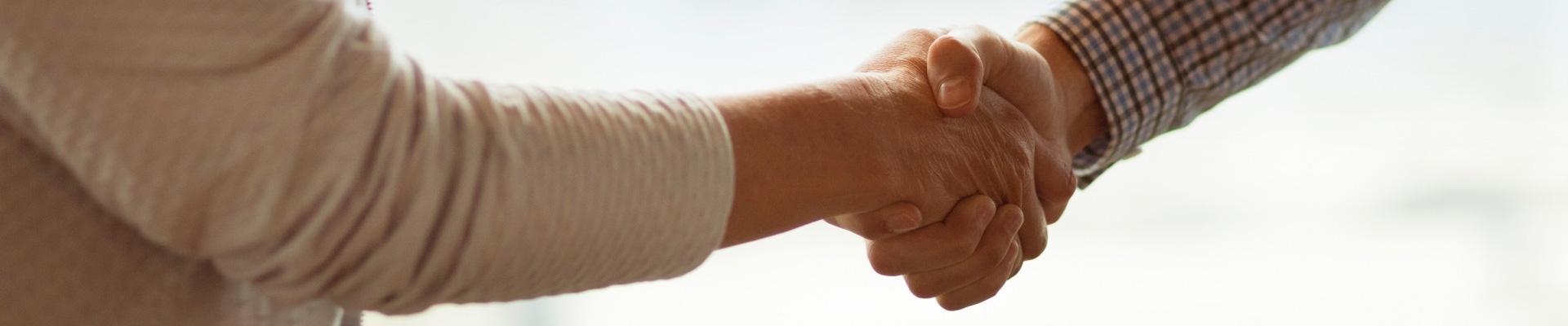 Ons doel: uw zakenrelatie behouden en uw geld incasseren.